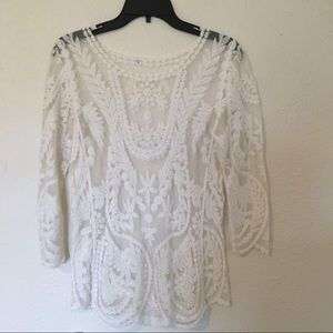 🚛 MOVING SALE 🚛 Lace Top